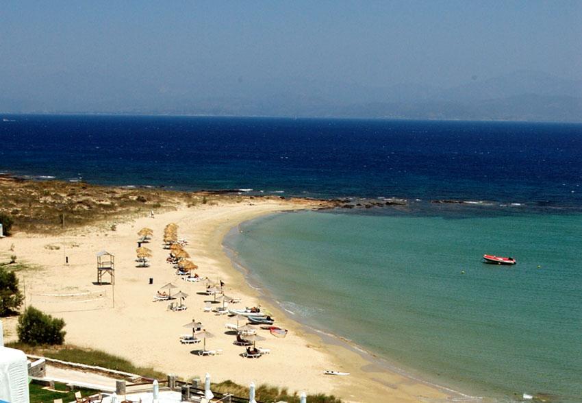 Golden Beach Paros Restaurants