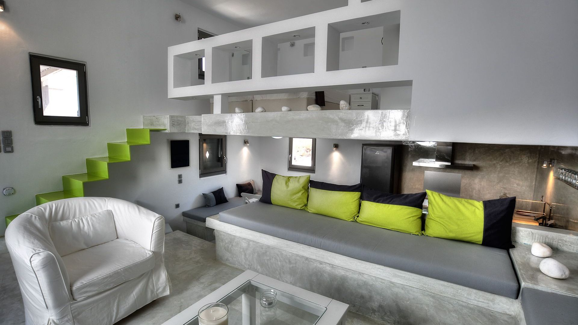 Majestic Naoussa Hill Split Level Suite