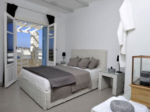 Bedroom with private veranda and seaview